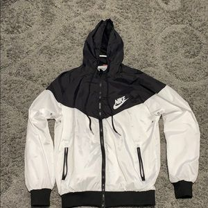 Nike Windbreaker *Great Condition* (Size M)
